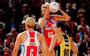 NSW Swifts' Catherine Cox in action during the 2008 Netball Finals Series between the NSW Swifts and Waikato/Bay of Plenty Magic in Sydney, Monday, July 28, 2008. The Swifts won 65-56. AAP Image/Jenny Evans