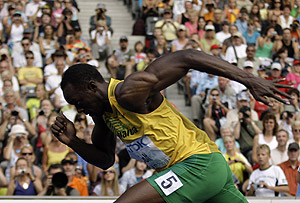 Jamaica's Usain Bolt starts a Men's 200m first round heat during the World Athletics Championships in Berlin on Tuesday, Aug. 18, 2009. AP Photo/David J. Phillip