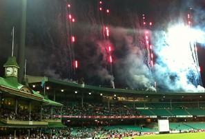 Sydney Thunder vs Sydney Sixers: Big Bash League live scores