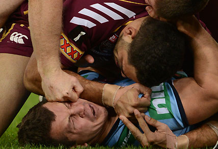 Brent Tate punches NSW player Greg Bird
