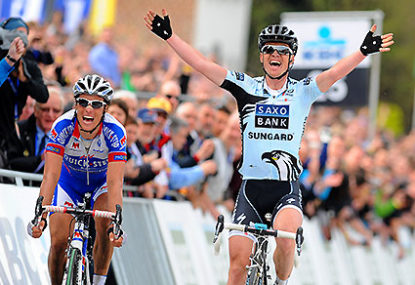 With Chavanel, IAM will be on the 2014 Tour