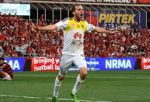 Wellington Phoenix vs Perth Glory: A-League live scores