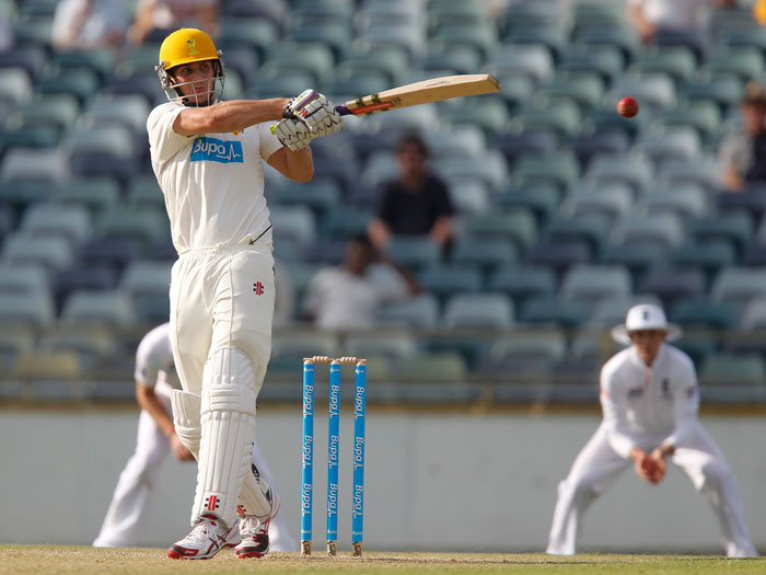Mitch Marsh plays a pull shot. (AAP Image/Theron Kirkman)