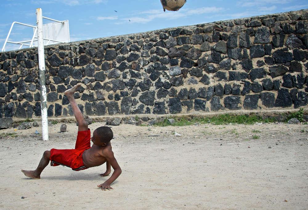 Children playing football in the Congo (Photo: Alissa Everett)