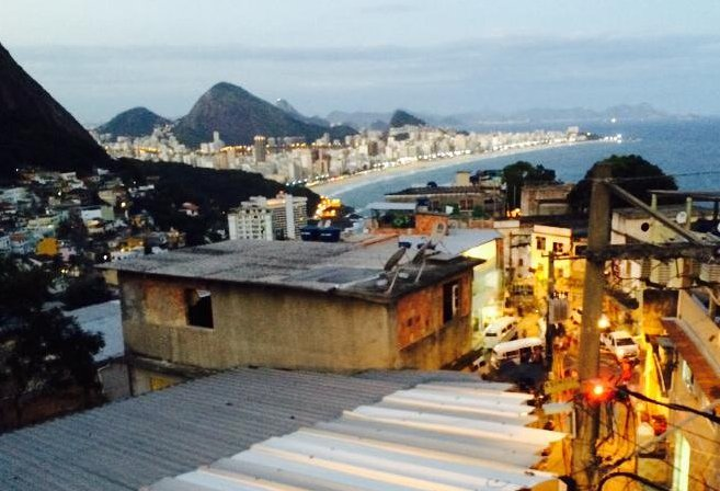 View of Rio from the cities mountain-side flavelas (Photo: Daniel Pontello)