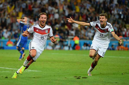 Mario Goetze scores for Germany in the World Cup final (Source: Twitter)