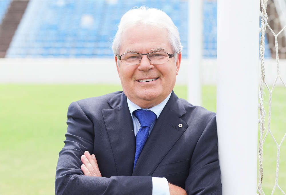Les Murray, the voice of SBS' football coverage
