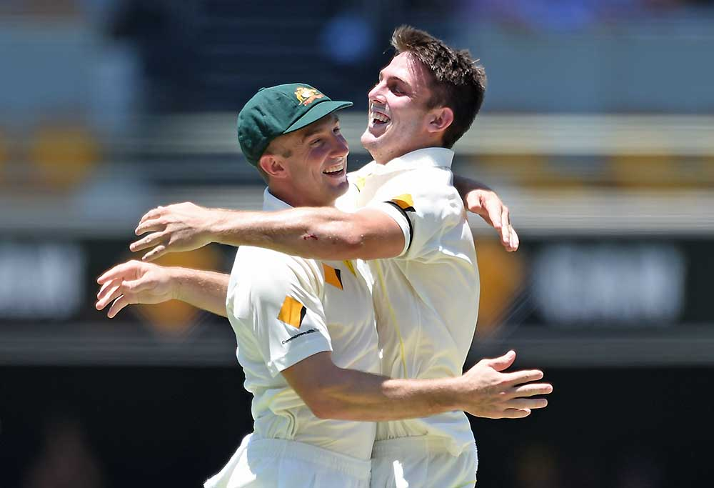 Shaun Marsh reacts with brother Mitchell