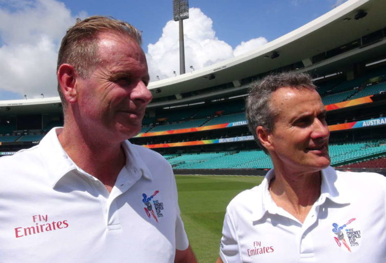 Umpires Paul Reiffel and Billy Bowden