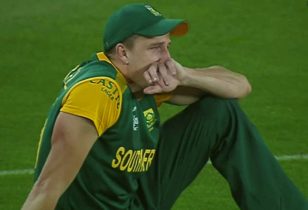 Morne Morkel shattered after South Africa's loss to New Zealand in the Cricket World Cup semi final