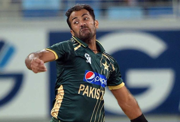 Pakistani bowler Wahab Riaz delivers the ball