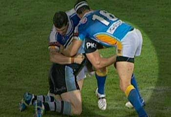 Paul Gallen attacks Josh Graham's testicles