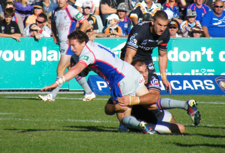 Kurt Gidley in action for the Knights