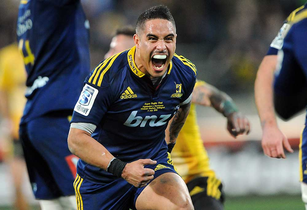 Highlanders' Aaron Smith celebrates his teams win over the Hurricanes