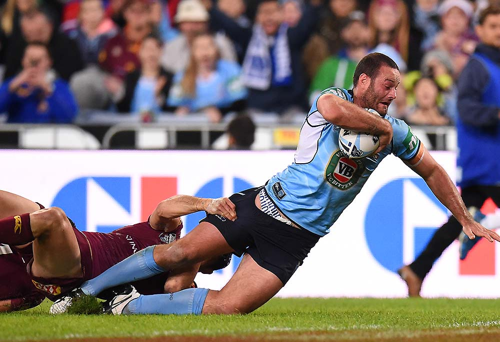 Boyd Cordner of the Blues scores a try