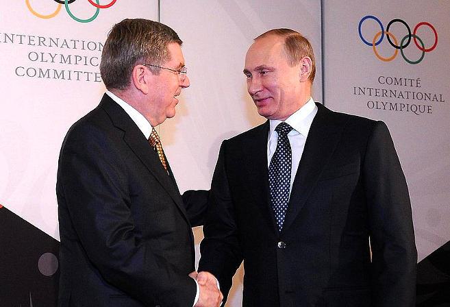 IOC head Thomas Bach (left) meets with Russian president Vladimir Putin. (Image: en.kremlin.ru)