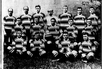 The Australian team for the first Test against the All Blacks, 1907. Photo: Referee