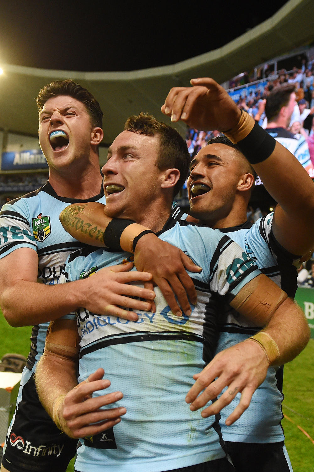 James Maloney Cronulla Sharks NRL Finals 2016 Rugby League tall