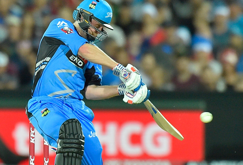 Ben Dunk in action for the Adelaide Strikers in the Big Bash