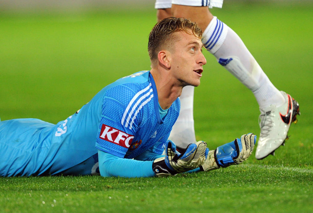 lawrence-thomas-melbourne-victory-a-league-football-2016