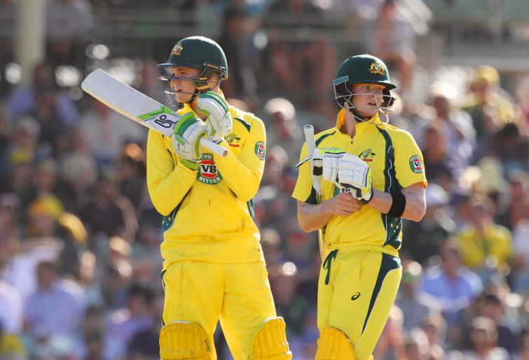 Peter Handscomb (left) and Steve Smith of Australia