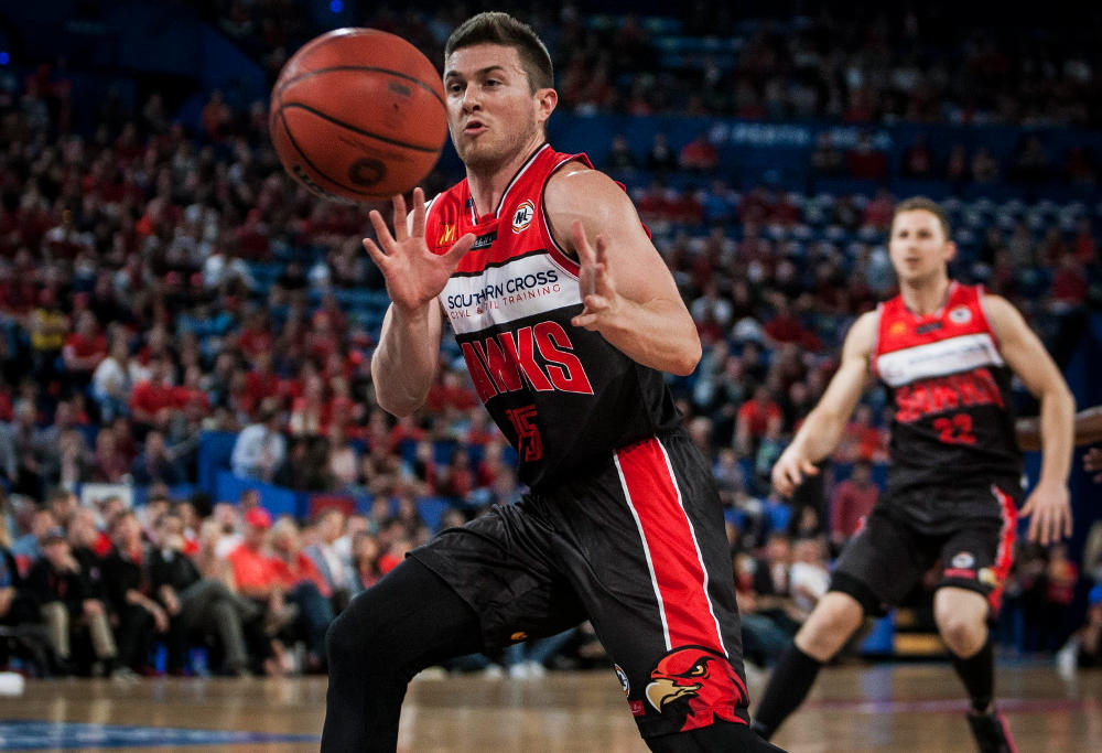 rotnei-clarke-illawarra-hawks-nbl-basketball-2017