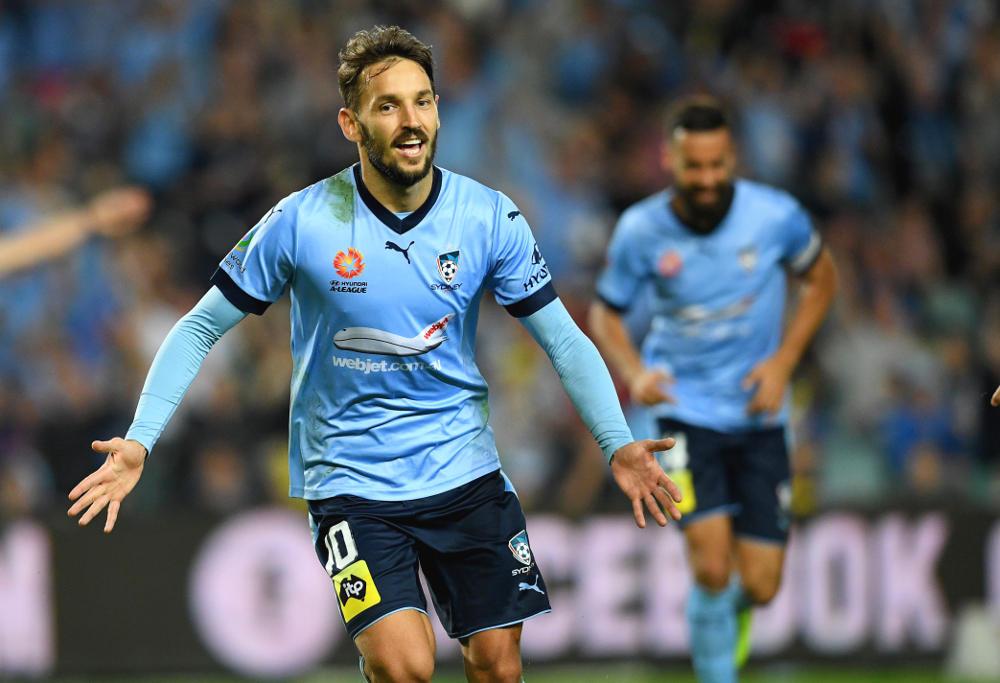 Milos Ninkovic celebrates for Sydney FC