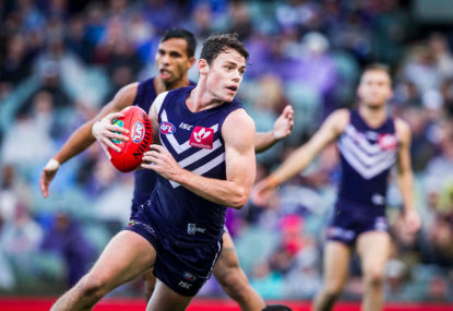 Dockers dominate dismal Eagles