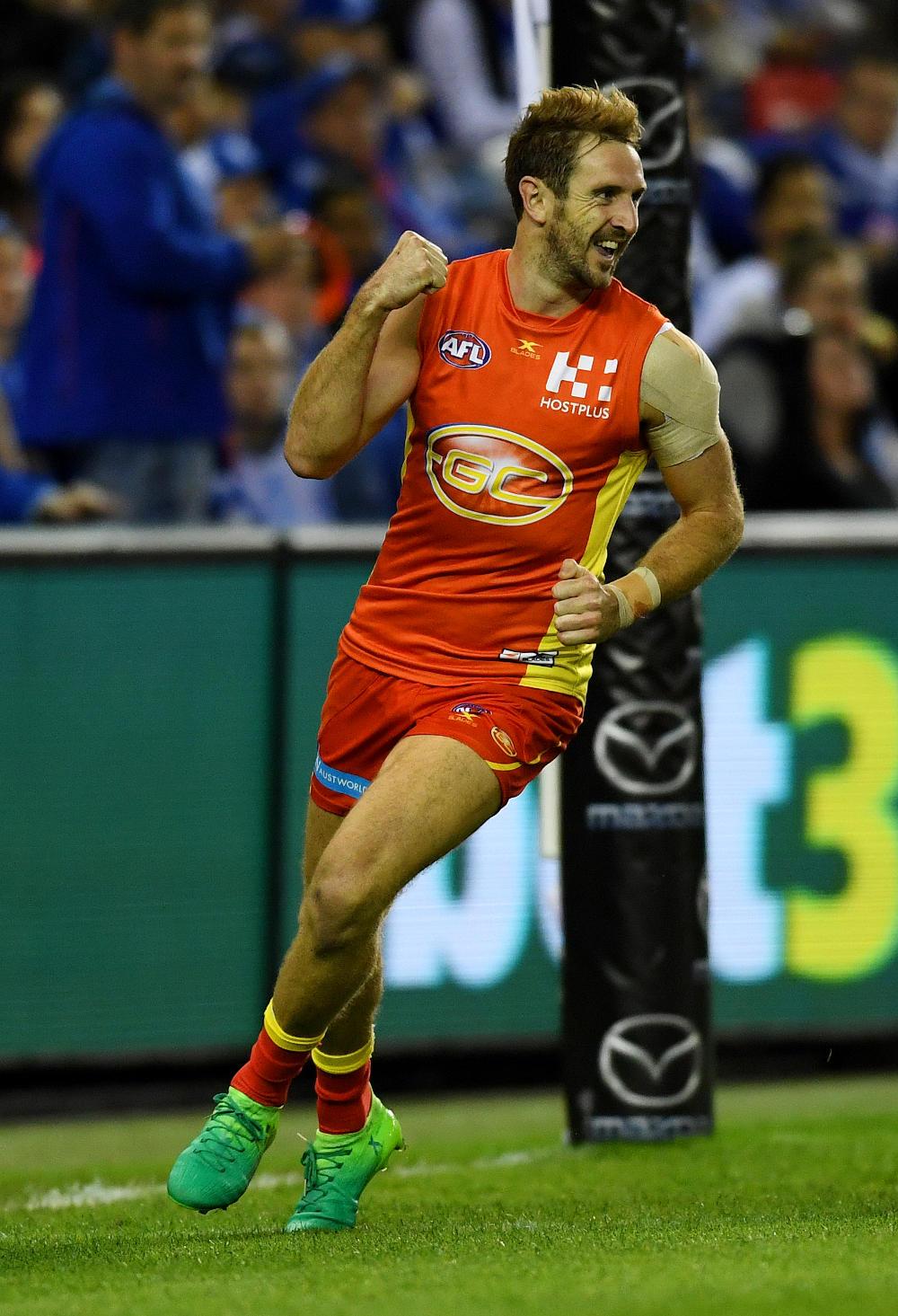 Michael Barlow Gold Coast Suns AFL 2017 tall