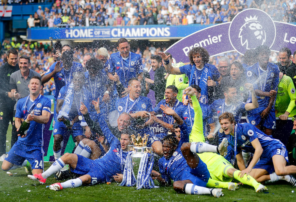 Chelsea celebrate their 2016-17 EPL title