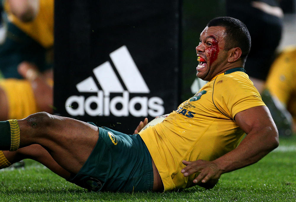 Kurtley Beale celebrates a try against New Zealand