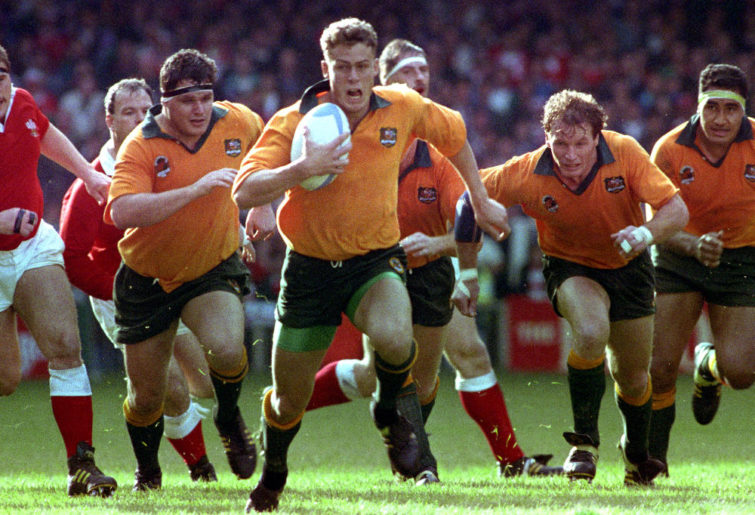 1991 Rugby World Cup. Wales vs Australia, Cardiff Arms Park: Simon Poidevin leads an Australian break-out during today's match.
