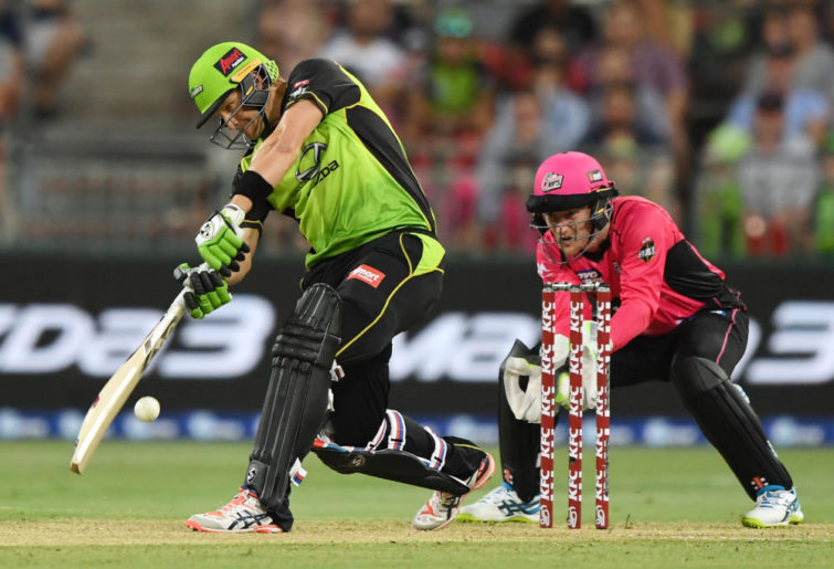 Shane Watson plays a shot for the Thunder in BBL07