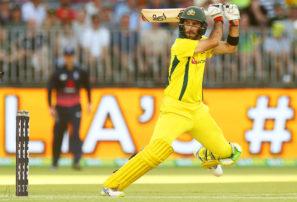 Khawaja vs Maxwell on Australia 'A' tour