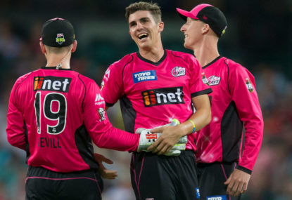 Sixers rout Brisbane in Big Bash demolition