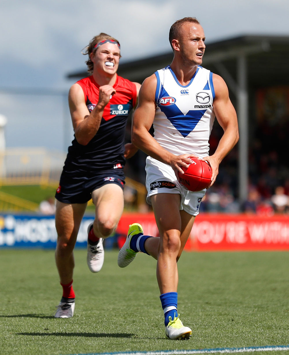 Billy Hartung tall