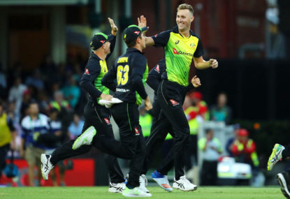 New-look Australia dominate Kiwis in T20 opener
