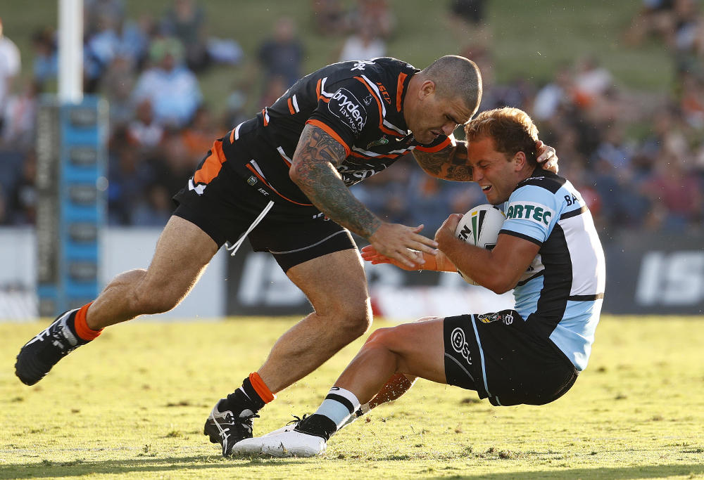 Russell Packer tackled Matt Moylan