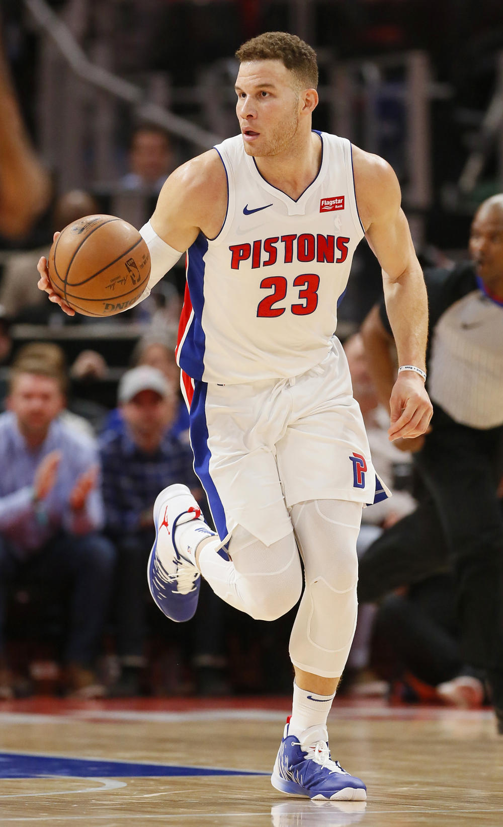 Blake Griffin brings the ball up court