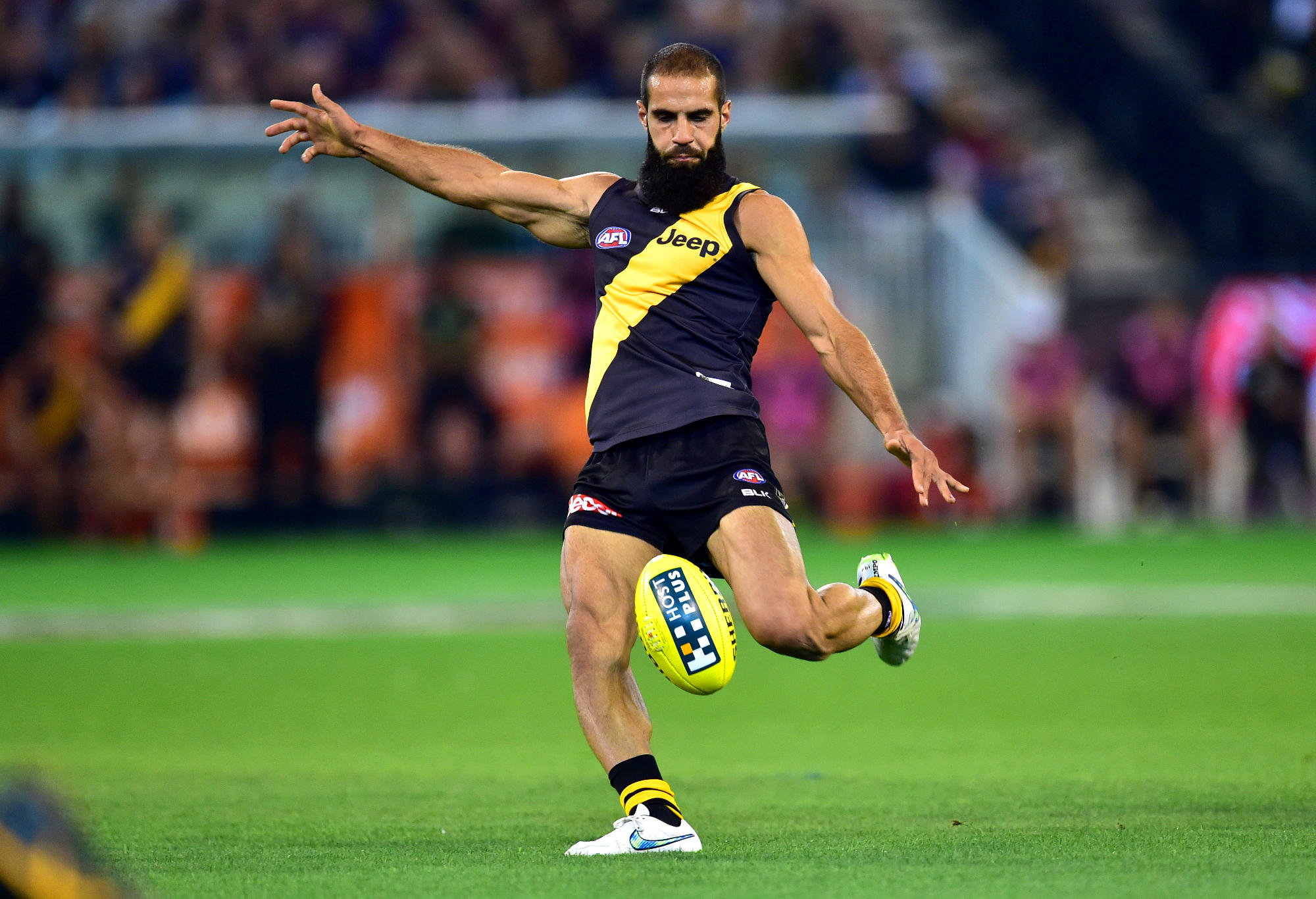 Bachar Houli kicks for the Tigers