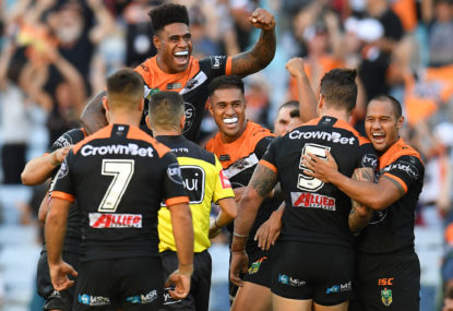 Tigers hang on by the skin of a referee as Warriors go whack