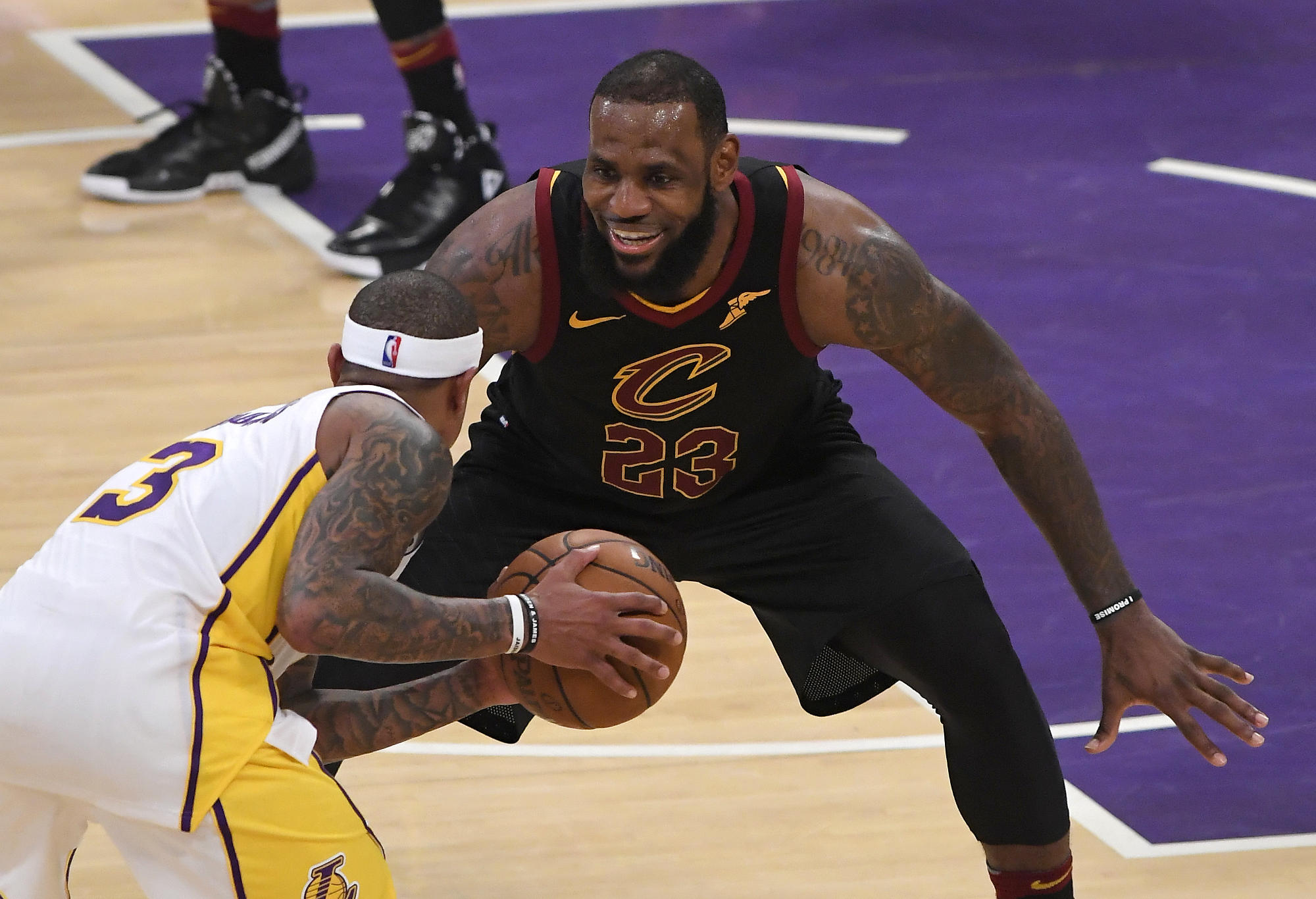 LeBron James defends Isaiah Thomas