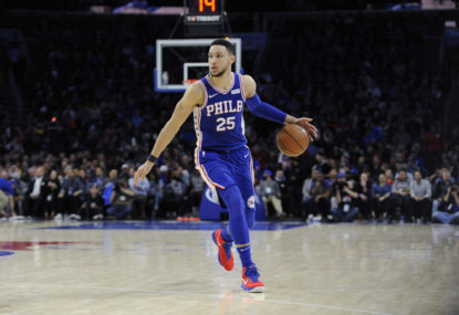 Ben Simmons dislocates left kneecap