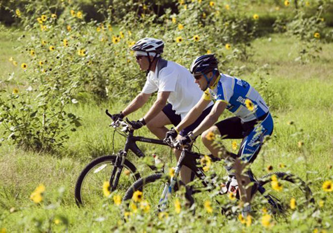 Lance Armstrong and George W Bush