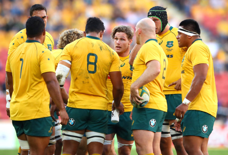 Michael Hooper addresses a Wallabies huddle