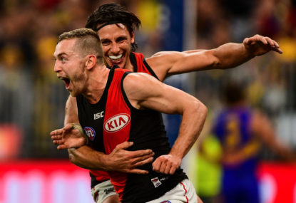 Hawthorn Hawks vs Essendon Bombers: AFL live scores, blog