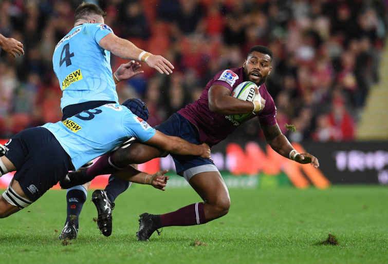 Samu Kerevi is tackled
