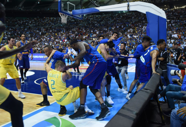 Australia and the Philippines basketball fight