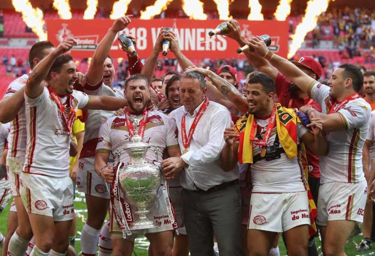 Catalans Dragons win the Challenge Cup.