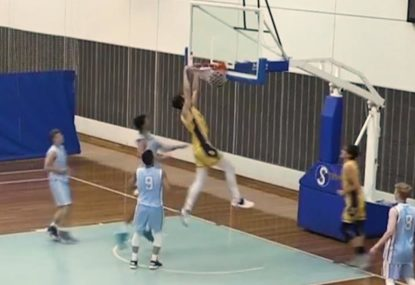 Aussie schoolboys laying down the dunks left, right and centre!